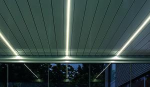 LED-Beleuchtung am Lamellendach
